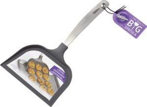 wilton's really big spatula